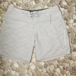 Under Armour Mens Shorts Size 40